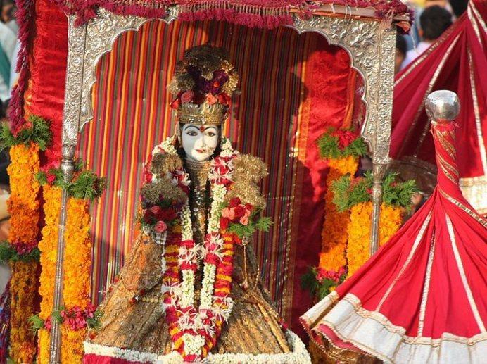 Gangaur – The Festival of Rajasthan (4/6)