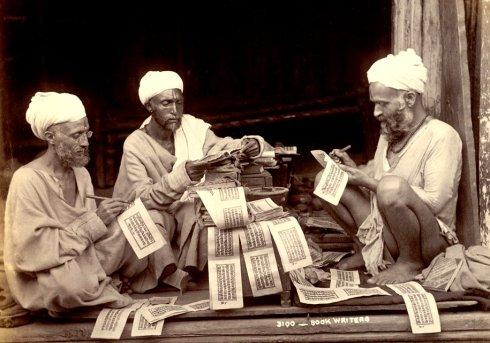 Kashmir-hindu-priests